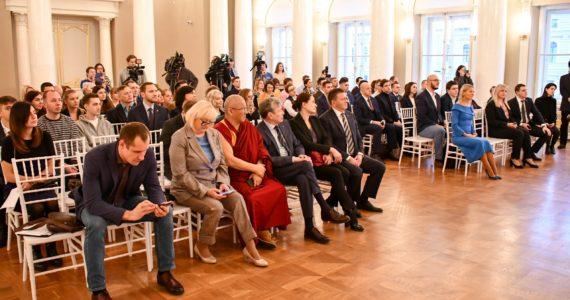 Общественная палата Санкт-Петербурга провела торжественную церемонию по случаю чествования победителей конкурса #МойГородМоиВозможности в рамках проекта «Добрый город»